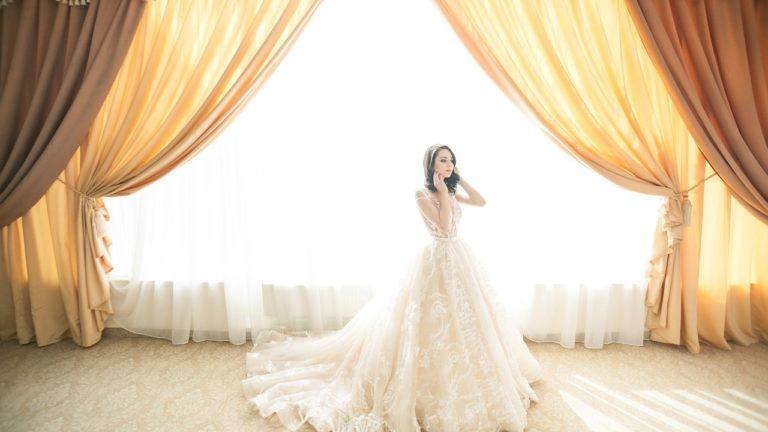 robe de mariée .